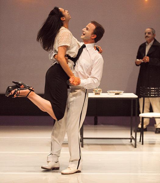 des roses et du jasmin at Théâtre National de Nice